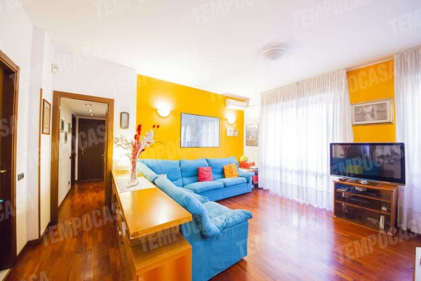 Appartamento in vendita a Milano, Affori Centro, 90 mq