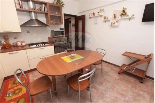 Appartamento in vendita a Recco, 120 mq - Foto 2