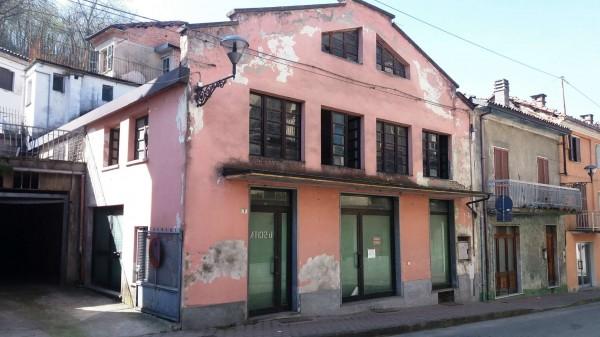 Negozio in vendita a Mombercelli, Centro Storico, 203 mq - Foto 1