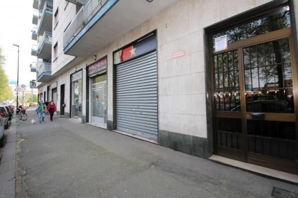 Negozio in vendita a Torino, Borgo Vittoria, 50 mq - Foto 1
