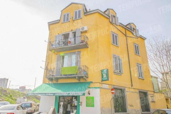 Negozio in vendita a Milano, Affori Centro/bovisa, 380 mq