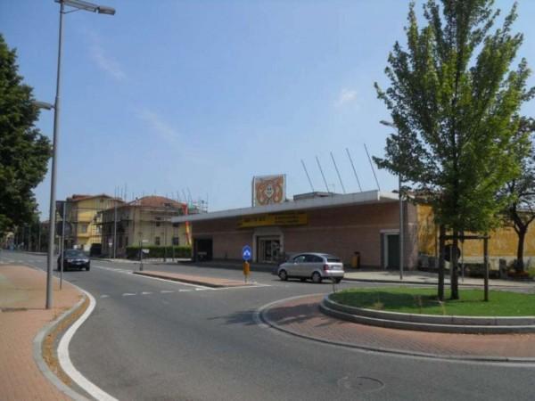 Locale Commerciale  in vendita a Orbassano, Orbassano, 1280 mq - Foto 4