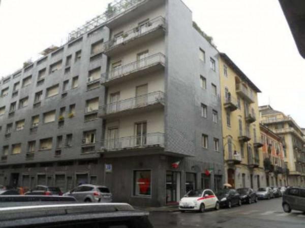 Negozio in vendita a Torino, Cit Turin, 60 mq