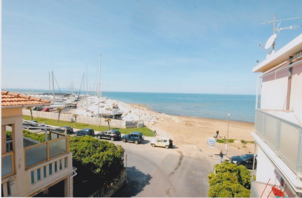 Quadrilocale in vendita a San Vincenzo, Mare, 75 mq - Foto 1