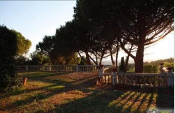 Villa in vendita a Livorno, Collinare, 380 mq