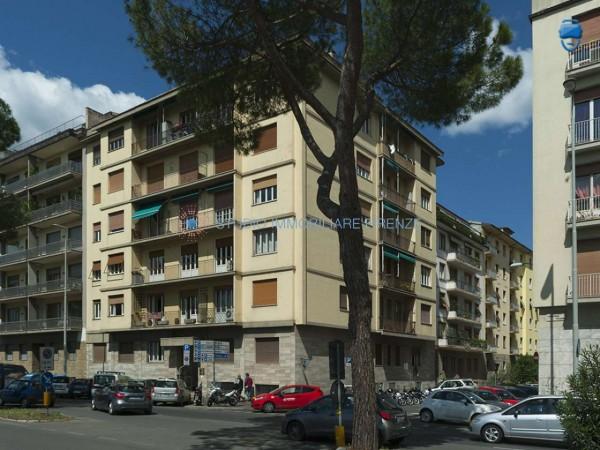 Appartamento in vendita a Firenze, 105 mq