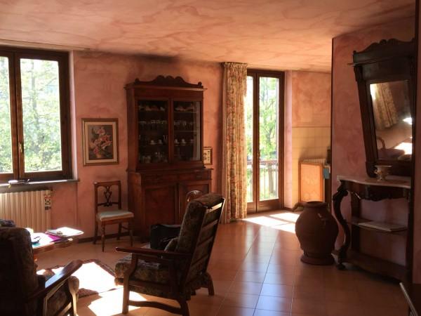 Appartamento in vendita a Gavirate, Centrale, Con giardino, 125 mq - Foto 1