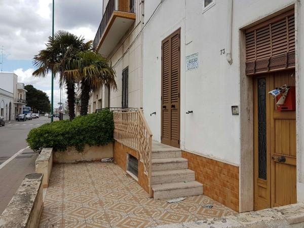 Casa indipendente in vendita a Copertino, Con giardino, 108 mq