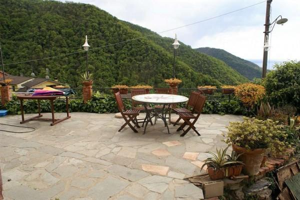 Appartamento in vendita a Avegno, Salto, Con giardino, 225 mq - Foto 1