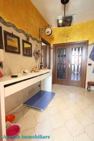 Appartamento in vendita a Taranto, Residenziale, Con giardino, 160 mq