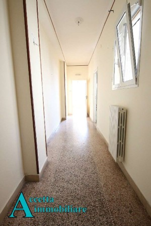 Appartamento in vendita a Taranto, Semicentrale, 72 mq - Foto 9
