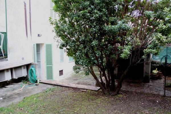 Locale Commerciale  in affitto a Perugia, Con giardino, 107 mq - Foto 2