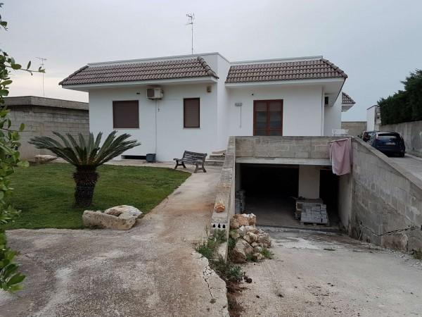 Villa in vendita a Lecce, Con giardino, 160 mq - Foto 1