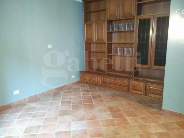 Appartamento in vendita a Firenze, Settignano, 75 mq