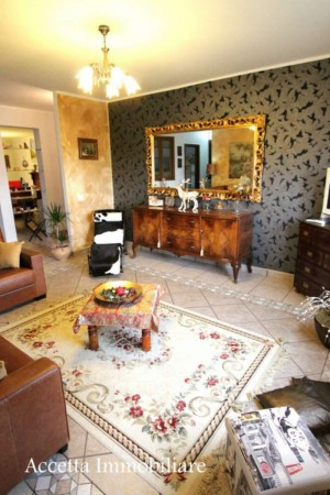 Appartamento in vendita a Taranto, Residenziale, 140 mq