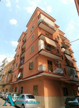 Appartamento in vendita a Taranto, Semicentrale, 65 mq