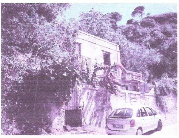 Locale Commerciale  in vendita a Messina, Ritiro, Con giardino, 2680 mq