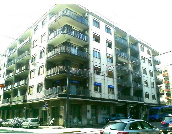 Locale Commerciale  in affitto a Messina, Centro, 140 mq