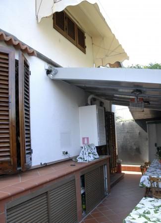 Villa in vendita a Forte dei Marmi, Centro, Arredato, con giardino, 180 mq - Foto 12