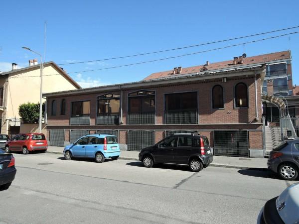 Locale Commerciale  in affitto a Torino, Madonna Di Campagna, 900 mq
