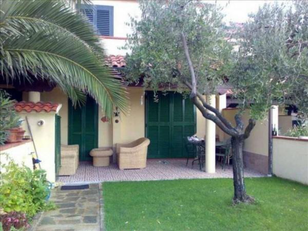 Appartamento in vendita a Ameglia, Fiumaretta, Con giardino, 80 mq