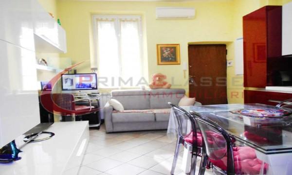Appartamento in vendita a Milano, Certosa, 45 mq