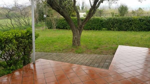 Appartamento in vendita a Ameglia, Con giardino, 105 mq