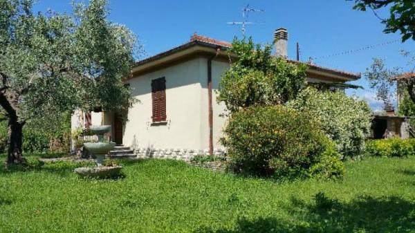 Casa indipendente in vendita a Ameglia, Con giardino, 120 mq - Foto 1
