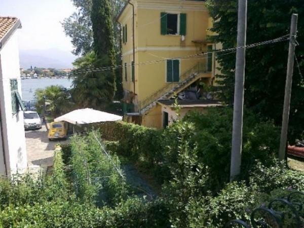 Appartamento in vendita a Ameglia, Arredato, con giardino, 75 mq