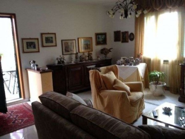 Appartamento in vendita a Arcola, Romito Magra, 100 mq