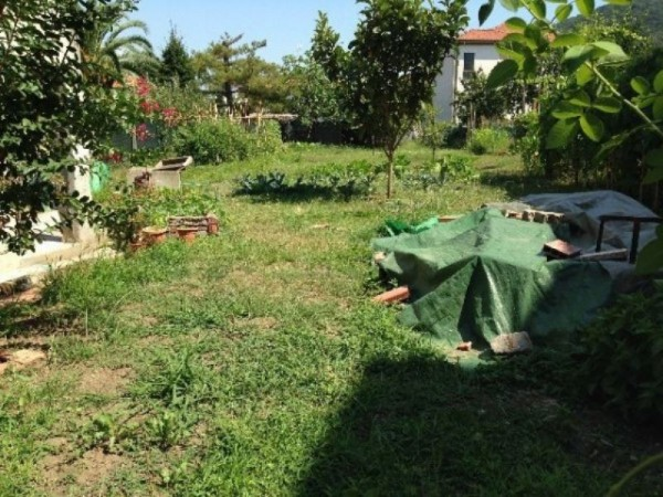 Appartamento in vendita a Arcola, Romito Magra, Con giardino