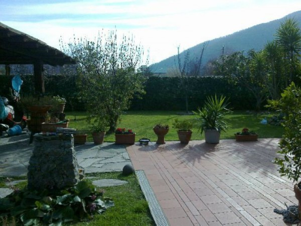 Casa indipendente in vendita a Arcola, Romito Magra, Con giardino, 170 mq