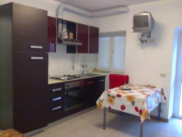 Appartamento in vendita a Arcola, Romito Magra, 60 mq