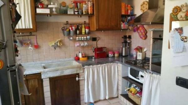 Appartamento in vendita a Castelnuovo Magra, 90 mq