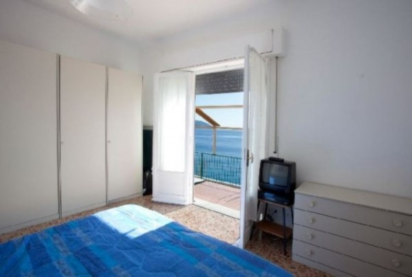 Appartamento in vendita a Monterosso al Mare, Arredato, con giardino, 100 mq - Foto 2