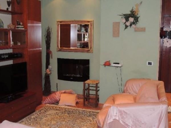 Appartamento in vendita a Ortonovo, Luni Mare, 70 mq
