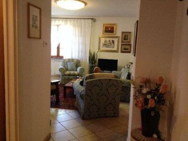 Casa indipendente in vendita a Ortonovo, Con giardino, 110 mq