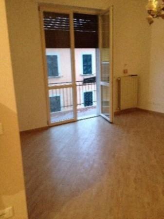 Appartamento in vendita a Sarzana, 70 mq