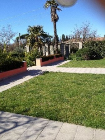 Villa in vendita a Sarzana, Con giardino, 180 mq - Foto 2