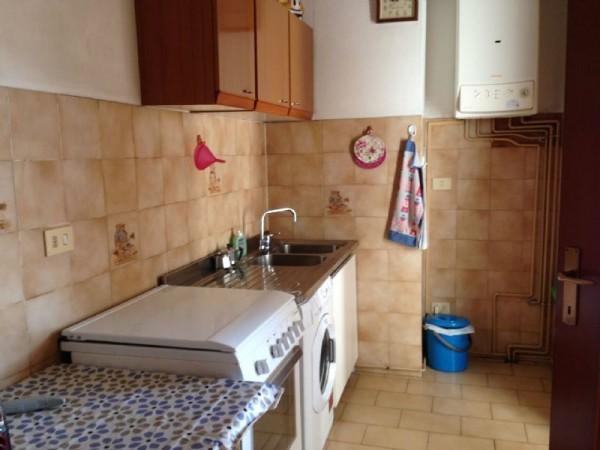 Appartamento in vendita a Sarzana, 90 mq