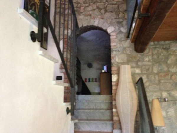 Appartamento in vendita a Fosdinovo, Giucano, Arredato, 70 mq - Foto 2