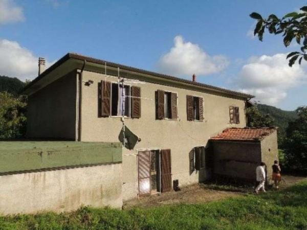 Casa indipendente in vendita a Pontremoli, Con giardino, 300 mq - Foto 2