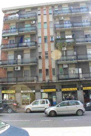 Negozio in vendita a Milano, Corvetto, 45 mq