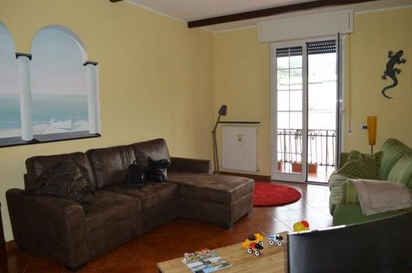 Appartamento in affitto a Recco, Centralissimo, Arredato, 80 mq