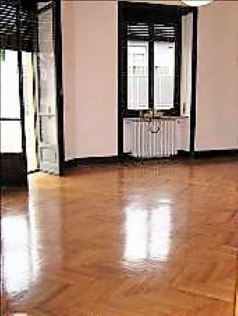 Appartamento in affitto a Torino, 200 mq