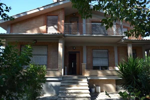 Villa in vendita a Roma, Giustiniana, Con giardino, 485 mq - Foto 1