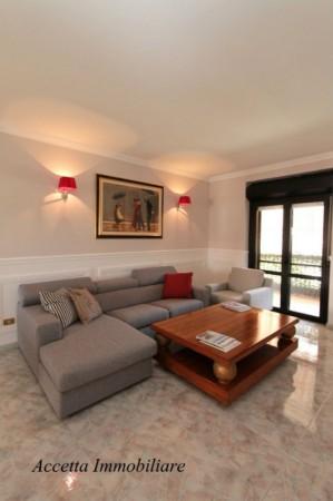 Appartamento in vendita a Taranto, Residenziale - Lama, Con giardino, 117 mq - Foto 1