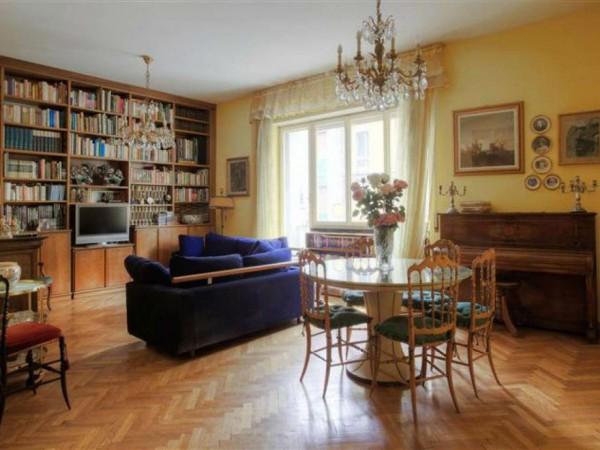 Appartamento in vendita a Milano, 175 mq