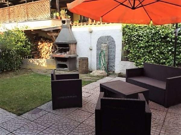 Villa in vendita a Casorezzo, Semicentro, 180 mq - Foto 2
