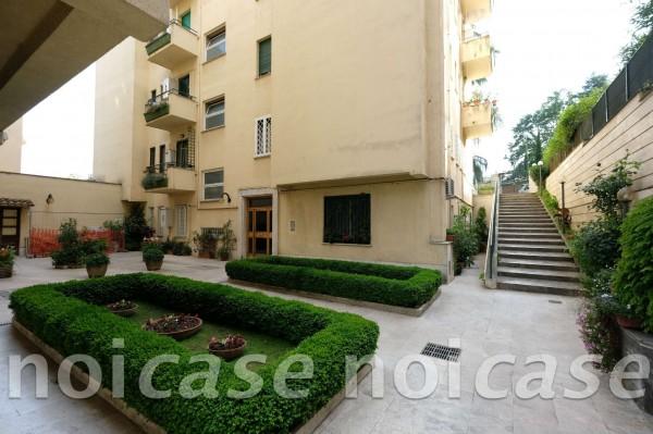 Appartamento in vendita a Roma, Salario, Con giardino, 102 mq